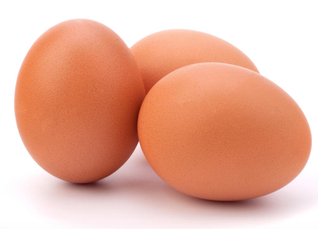 mad med proteiner, mad med protein, snacks med protein, sunde snacks med protein, sund mad med protein, æg proteiner, æg protein, ost protein, nødder protein, bønner protein, fisk protein