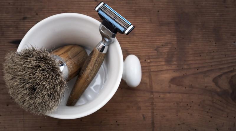 guide til barbering, din guide til barbering, kniv til barbering, gillette til barbering, perfekt barbering, sådan undgår du skægpest, undgå skægpest, sådan barber du dig, sådan barbarer du dig, korrekt barbering, narturligt liv, narturlige produkter, naturligtliv dk, sådan lever du naturligt