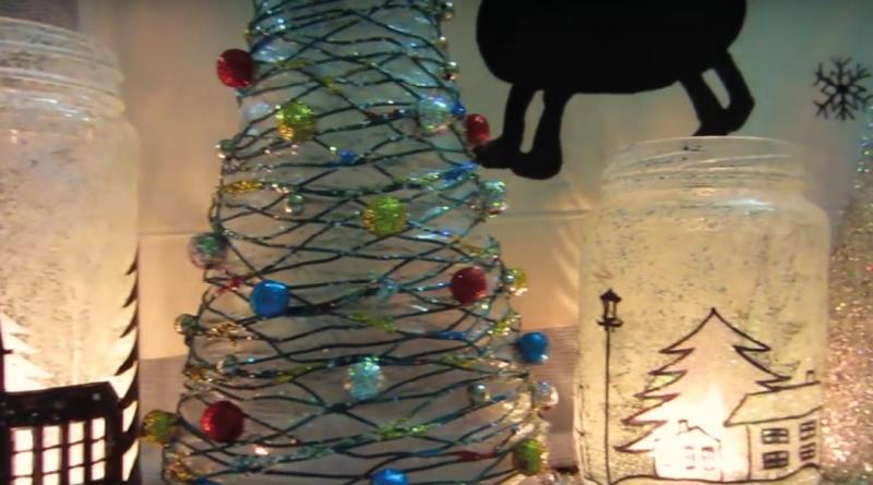 Juletræer med glimmer, hjemmelavet julepynt, sokke snemand, sock snowman, julepynt med tennis sok, julepynt med sok, nem julepynt, flot hjemmelavet julepynt, lav selv julepynt, julegaver, julegaver til hende, julegaver til alle, naturligt liv, mad for livet, lev naturligt, julepynt 2015, juletræer DIY, hjemmelavet juletræer, juletræ DIY, Jule træ DIY, lav juletræ af snor DIY