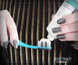 økologisk tandpasta, tandpasta økologisk, køb økologisk tandpasta, urtekram økologisk tandpasta